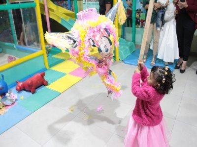 Children's party VIP menu and entertainment Estado México
