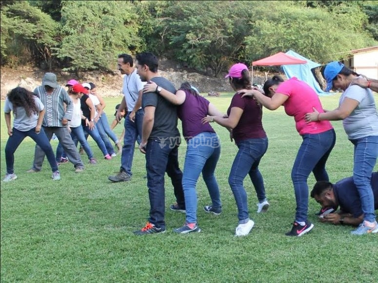 Group games to promote teamwork