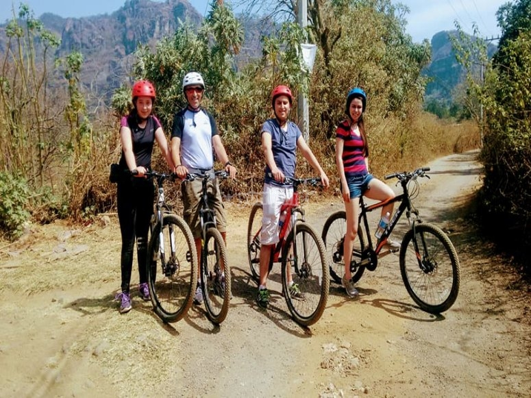Departure to the valley by bike