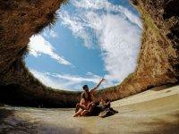 Visita el crater mas famoso del Pacifico Mexicano