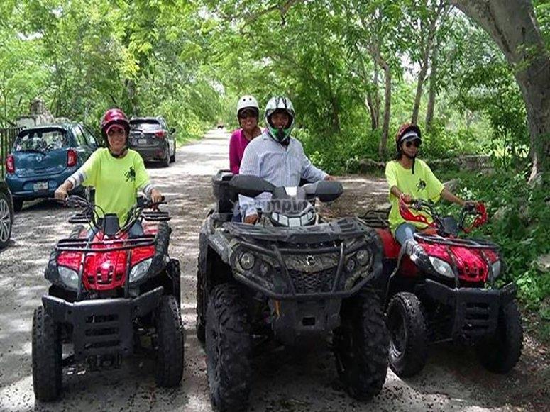 Tour at the Misne Balám Farm