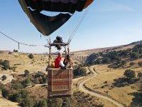 Hot-air balloon anchored elevation Arcos del Sitio