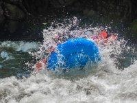 Balsa cubierta por el agua