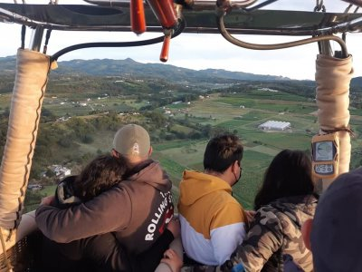 Shared balloon flight in Apulco and accommodation