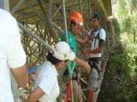 Rappelling bridges