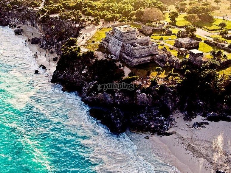 Playa en las ruinas de Tulum