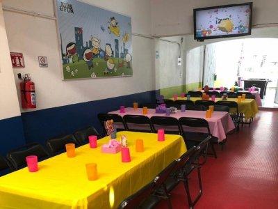Renta de salón para fiestas en Benito Juárez 4h