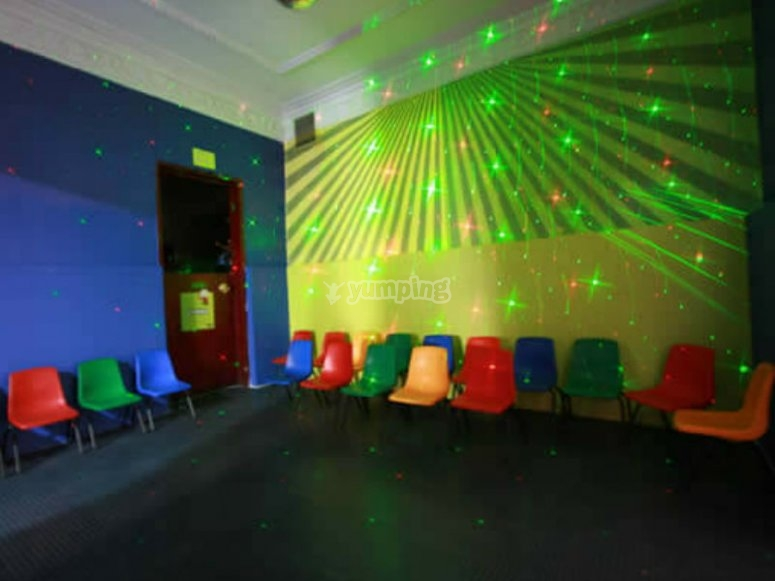 Children's lights and chairs
