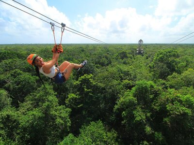 Zip-line circuit and snorkel Cancun kids