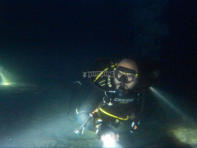 Have fun diving at night