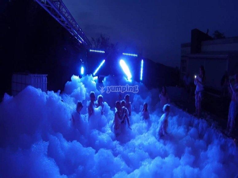 Foam night party