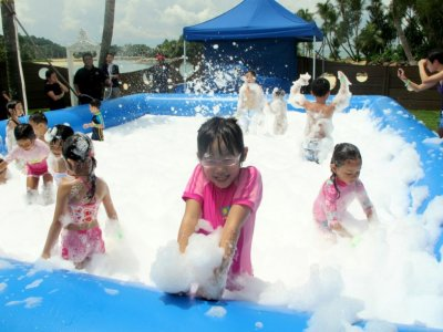 Foam cannon and pool for party in Querétaro