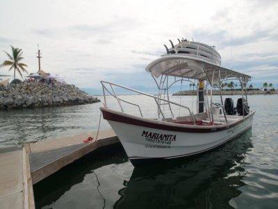 Paseo en barco económico por la Riviera Nayarit
