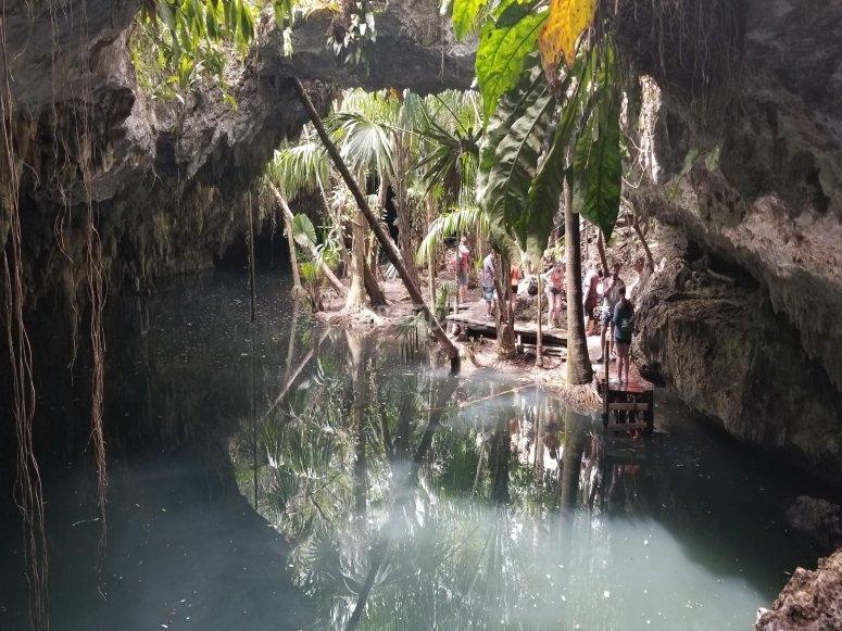 Caverna de Jade y Cenote