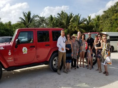 Jeep route to know Cozumel and lunch 5 h
