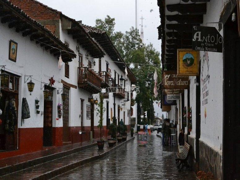 Walk the streets of Amatitán
