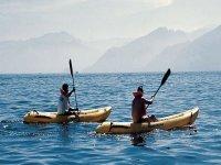 Kayak libre en el mar