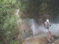 Descendiendo de cascadas
