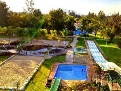 Water Park with Paintball in Ayotlán for kids