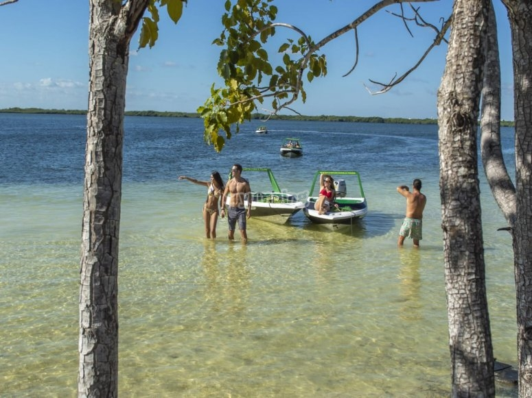 Lancha y snorkel en Quintana Roo