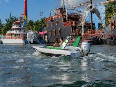 Catamarán a Isla Mujeres y bote a Nichupté niños