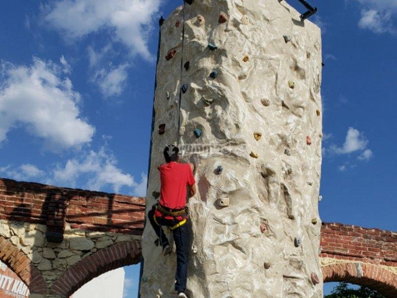 Enjoying the wall to climb
