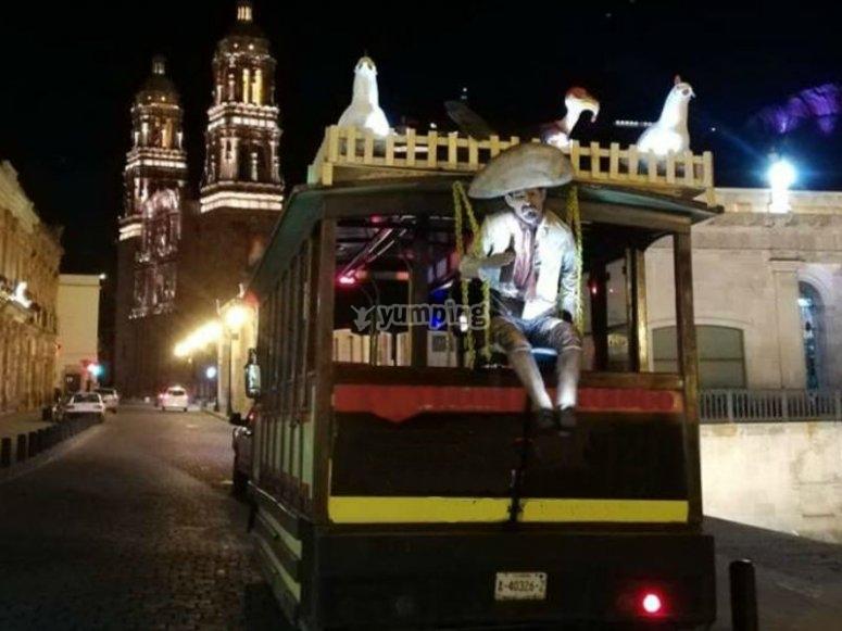Tranvía en recorrido por zacatecas