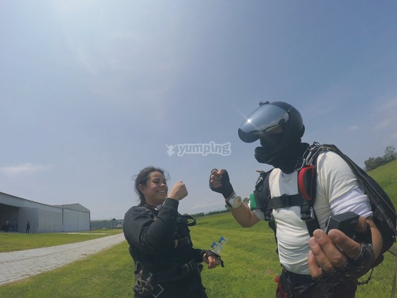 Exciting parachute jump in Jalisco
