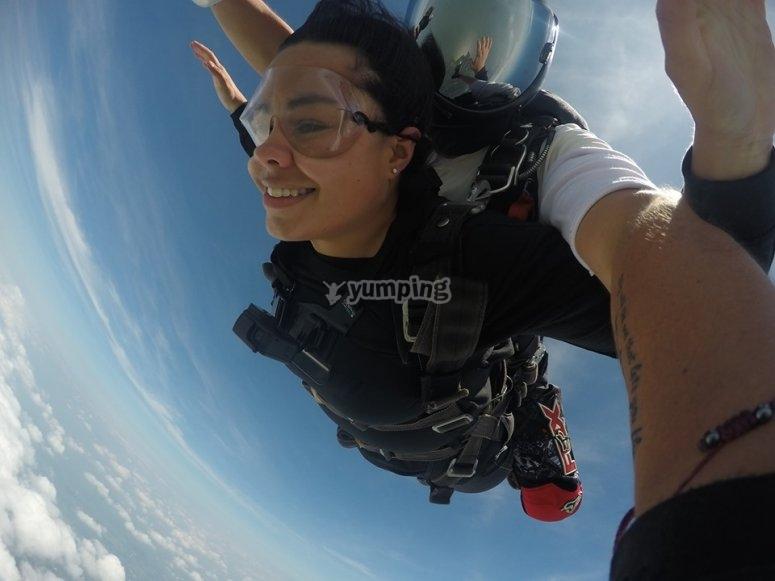 Parachute jump in Chapala