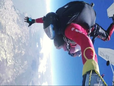 Parachute jump in Celaya with Photos and Video