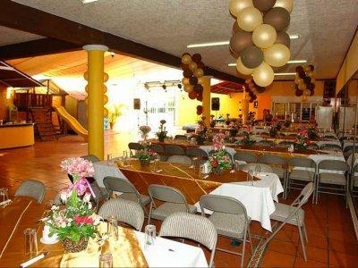 Salón de Fiestas Dino