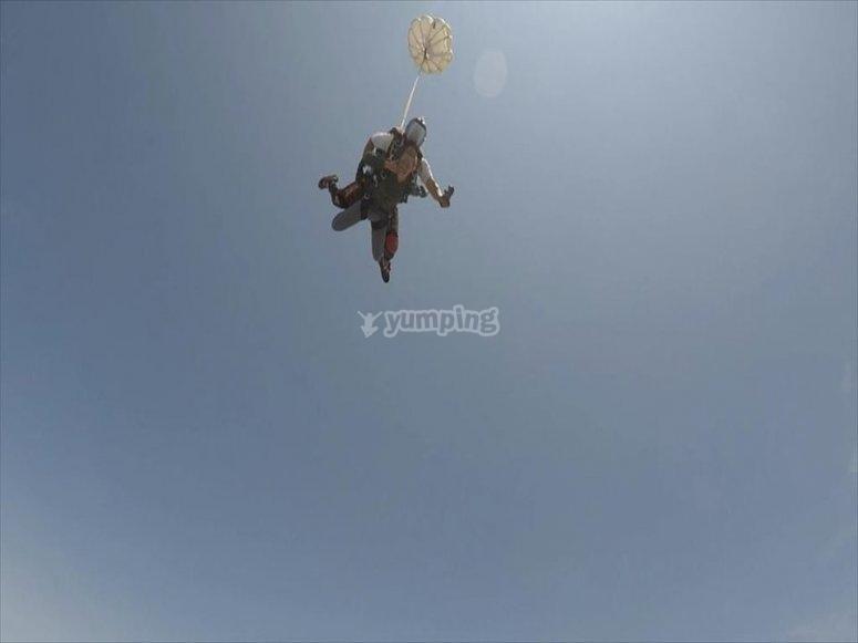 Opening parachute in celaya