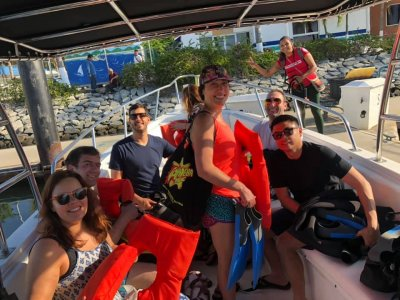 Private Boat Tour in Los Arcos for 4 Hours