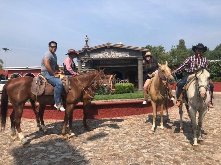 Horseback riding in Tequisquiapan