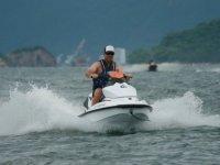 Moto de agua veloz