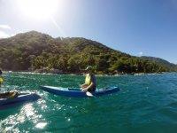 En el kayak individual