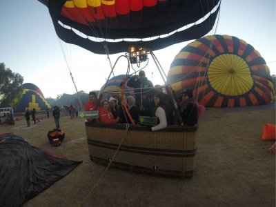Balloon flight for 8 people in Tequisquiapan