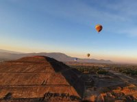 Balloon flight in Teotihuacán breakfast and video