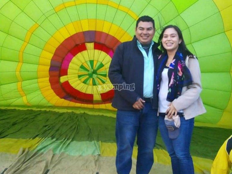 Couple in balloon