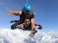 Tandem parachute jump 13 thousand feet in Cuautla