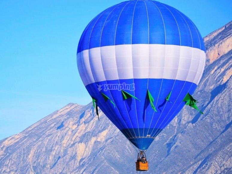 Balloon in flight