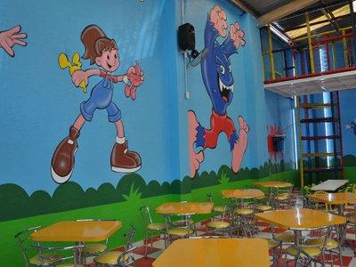 Salón infantil 75 pers y taquiza en Lomas Estrella
