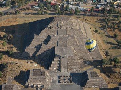 Balloon flight in Teotihuacán 45 min