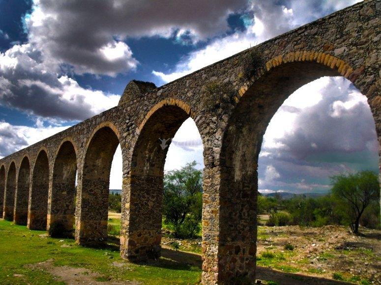 Aqueduct of the 18th Century Huichapan