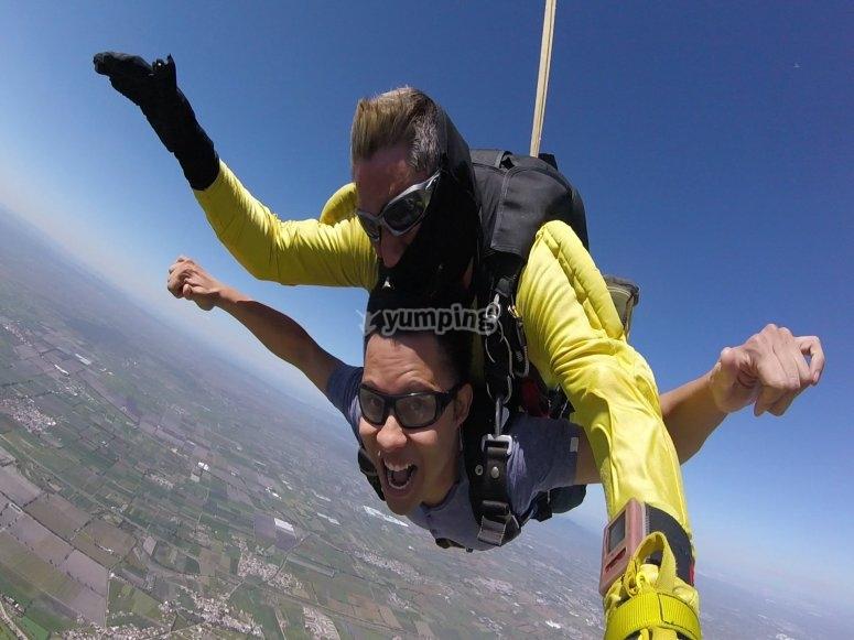 Adrenaline skydiving