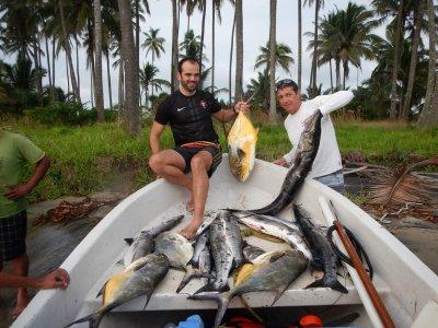 Tour de pesca deportiva en Paraíso 6 horas