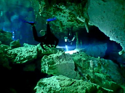 Dive diving with certificate in Tulum cenote