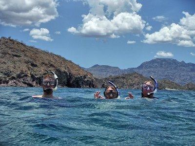 Snorkel en Bahía Papalote 1 hora y 30 minutos