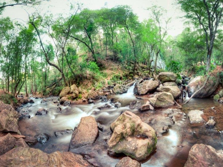 Waterfall in Valle de Bravo