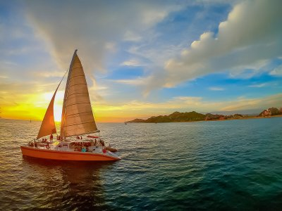Sailboat ride with jazz and wine through Los Cabos 2h